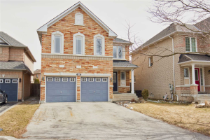 60 Harty Cres, Ajax