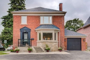 30 Parkview Hill Cres, Toronto