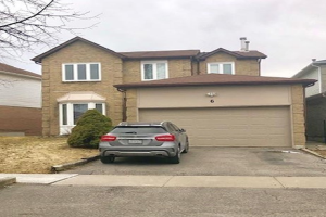 6 Wright Cres, Ajax