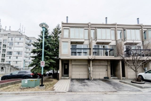 64 Cumberland Lane, Ajax