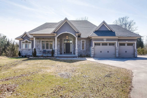 4840 Country Lane, Whitby