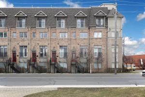 1073 Broadview Ave, Toronto