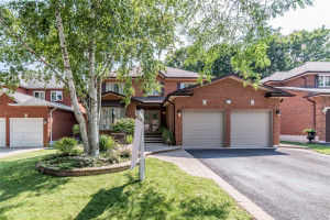 815 Regal Cres, Pickering