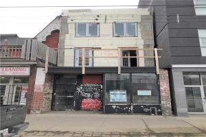 1009 Queen St, Toronto