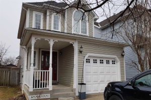 57 Wells Cres, Whitby
