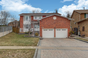 522 Lightfoot Pl, Pickering