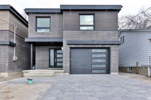 85A Westbourne Ave, Toronto