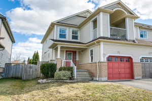 79 Candlebrook Dr, Whitby