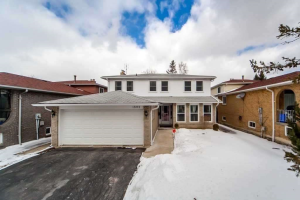 1895 Rosefield Rd, Pickering