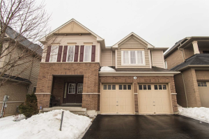 3 Knowles St, Ajax