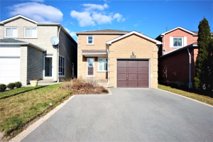 1523 Beechlawn Dr, Pickering