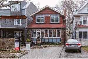 88 Hiawatha Rd, Toronto