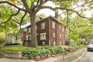 65 Benlamond Ave, Toronto