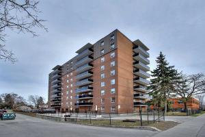 855 Kennedy Rd, Toronto