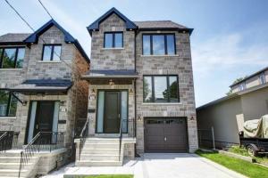 28B Bexhill Ave, Toronto