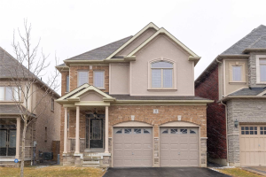 11 Promenade Dr, Whitby