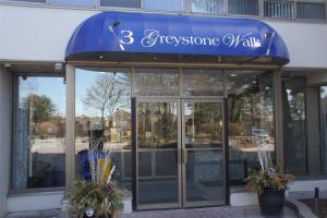 3 Greystone Walk Dr