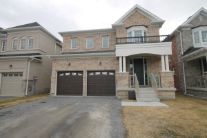 135 William Fair Dr, Clarington