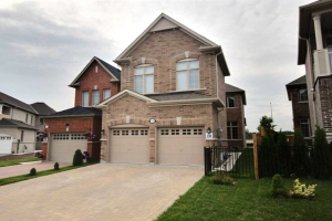 84 Braebrook Dr, Whitby