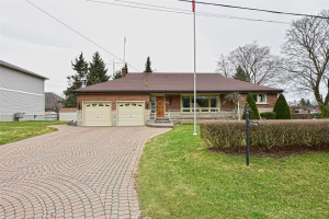 111 Hazelwood Dr, Whitby