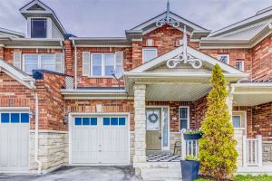 135 Beer Cres, Ajax