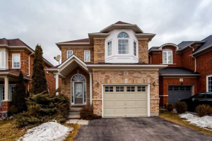 47 Scepter Pl, Whitby