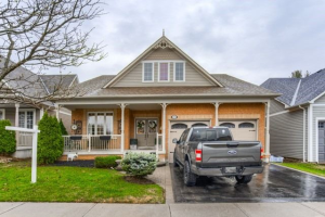 35 Leithridge Cres, Whitby
