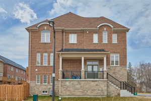 2360 Usman Rd, Pickering