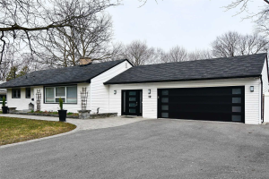 12 Sherwood Rd W, Ajax