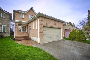 16 Bluebell Cres, Whitby