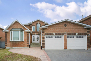 228 Delaney Dr, Ajax