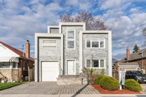 1611 Woodbine Heights Blvd, Toronto