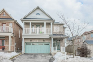 25 Gamble Dr, Ajax