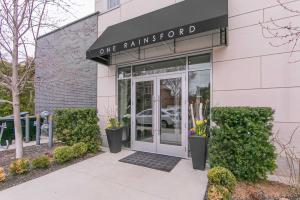 1 Rainsford Rd, Toronto