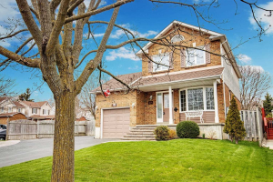 61 Penfound Dr, Clarington