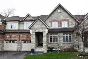 6 Illingworth Lane, Ajax