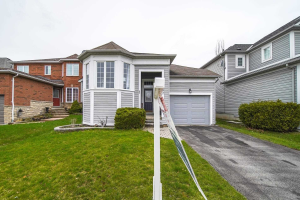 63 Boswell Dr, Clarington