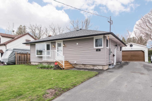 22 George St E, Clarington