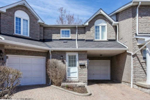 1345 Altona Rd, Pickering