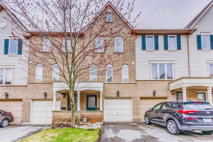 49 Mcgonigal Lane, Ajax
