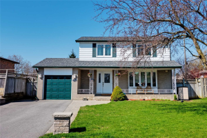 692 Alderwood Pl, Pickering