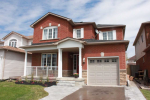 56 Boswell Dr, Clarington