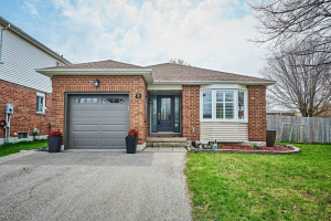 76 Abbeywood Cres, Clarington