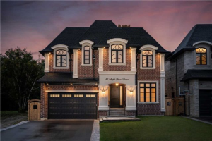 46 Maple Grove Ave, Richmond Hill