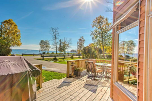 2232 Crystal Beach Rd, Innisfil