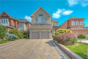 9 Arden Valley St, Richmond Hill
