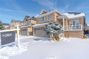 137 St Joan Of Arc Ave, Vaughan