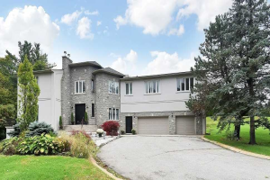 630 Woodland Acres Cres, Vaughan