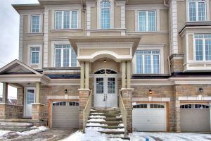 8 Lasalle Lane, Richmond Hill