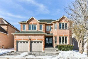 14 Greenhill Ave, Richmond Hill